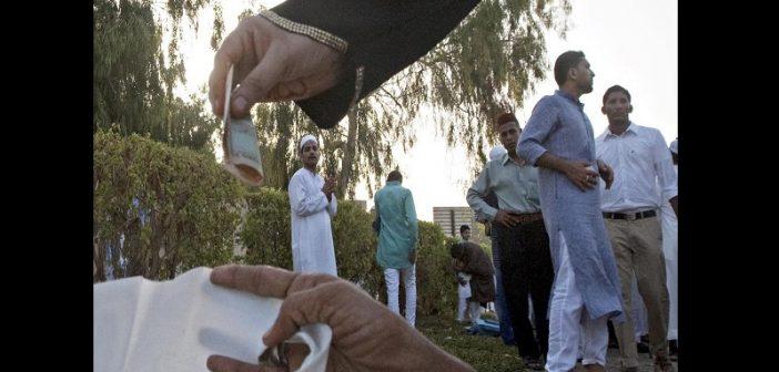 Dubaï : les mendiants gagneraient près de 73 000 dollars par mois. Explication