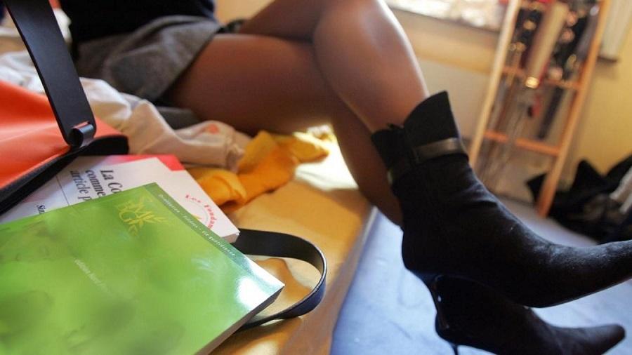 Une jeune française avoue: j'ai transmis le VIH/SIDA à 630 migrants africains