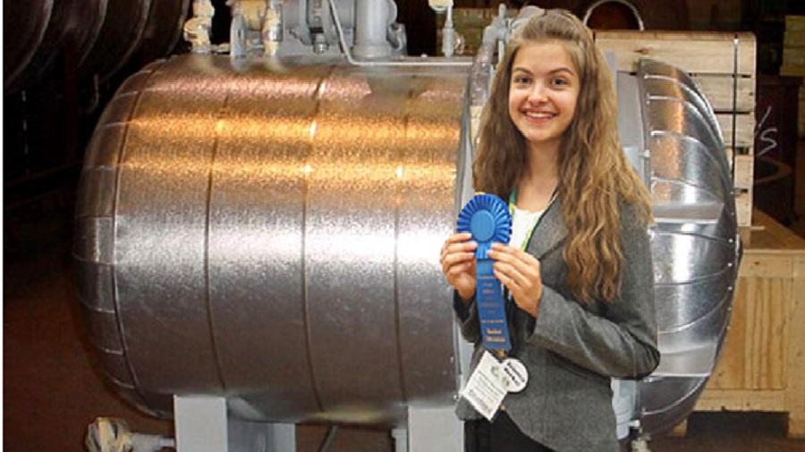 une etudiante russe de  ans construit une bombe atomique