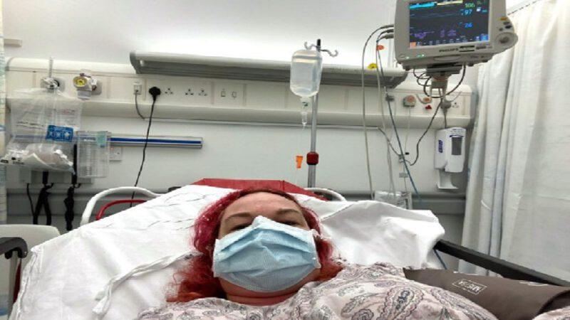 Une femme atteinte de coronavirus raconte ce qu'elle traverse