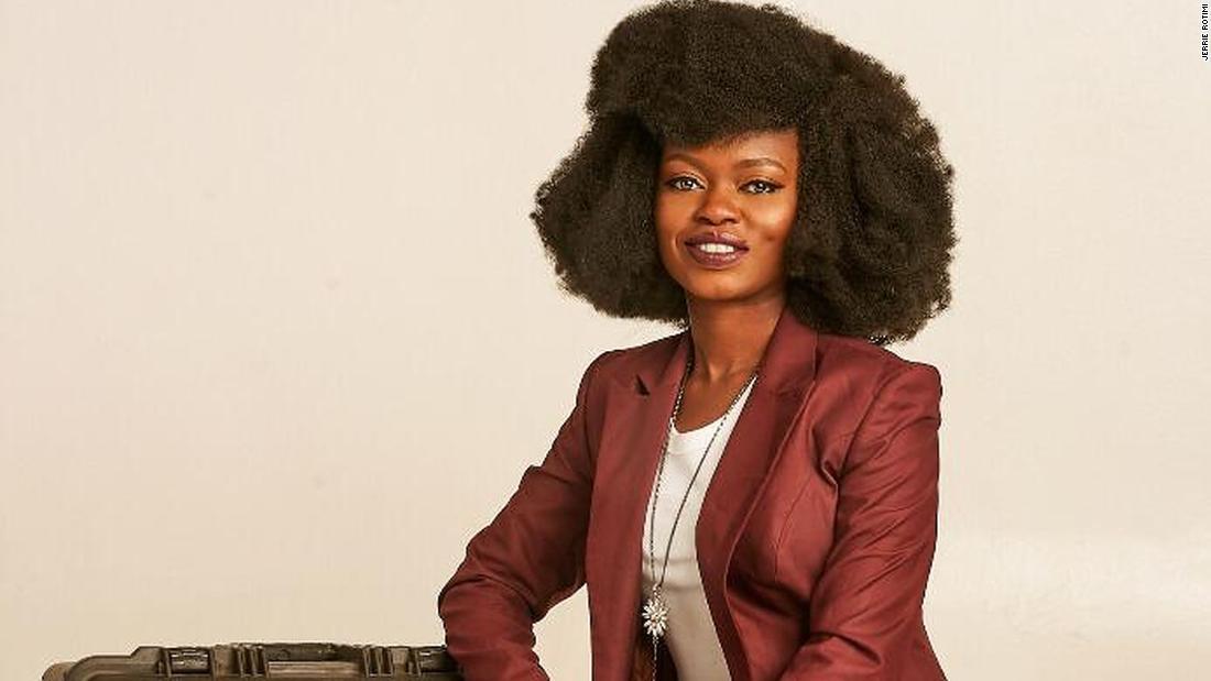 """""""Je pensais que j'allais mourir"""": une survivante africaine du coronavirus partage son expérience"""