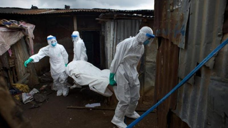 Un homme qui a survécu au virus Ebola, meurt du coronavirus