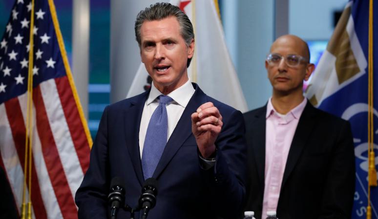 Coronavirus: le gouverneur de Californie poursuivi par des pasteurs pour restrictions aux rassemblements