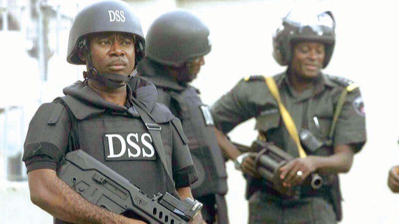 Les forces nigérianes tuent 18 personnes en imposant le confinement