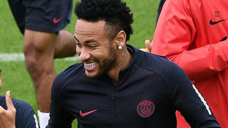Neymar fait un don d'un million de dollars pour lutter contre la pandémie de coronavirus