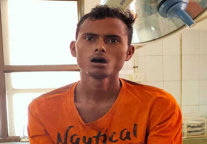 Un Indien coupe la langue en sacrifice pour arrêter la propagation du coronavirus