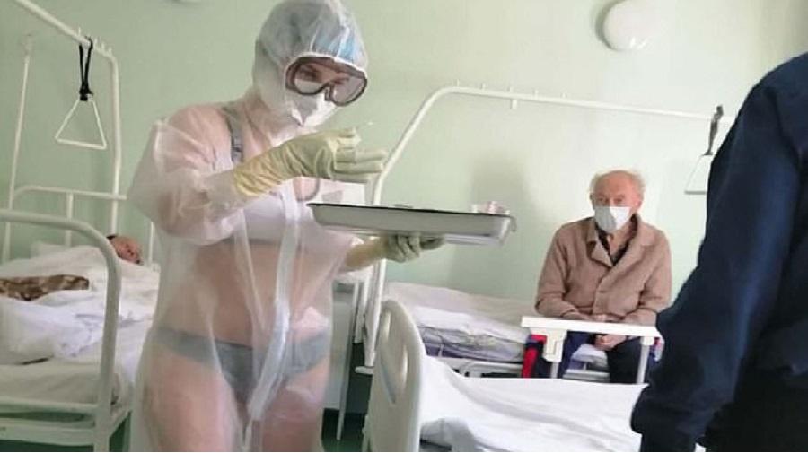 une infirmière nue traitant des patients atteint de COVID-19 dans un service pour hommes a été …..