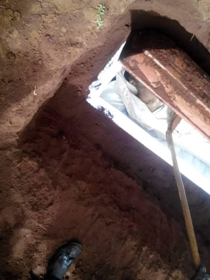 Cameroun: Un homme a enterré son beau-frère vivant dans un cercueil et son corps est resté intact.