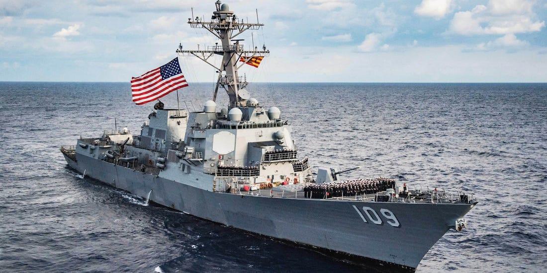Après que l'Ukraine a dit préparer une guerre contre la Russie, voici ce qu'a fait un destroyer américain en mer Noire