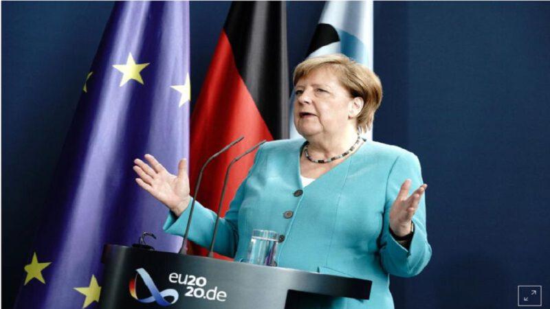 La chancelière allemande Angela Merkel ouvre son pays à tous dans le monde