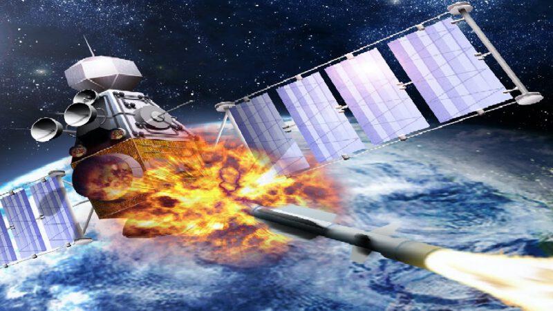 Un satellite russe lance une mystérieuse arme spatiale contre un satellite américain