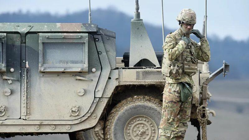 Le Pentagone explique le redéploiement de ses troupes en Europe