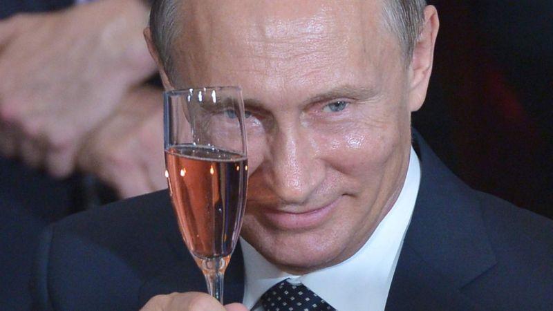Vladimir Poutine a reçu un cadeau original pour son soixante-huitième anniversaire