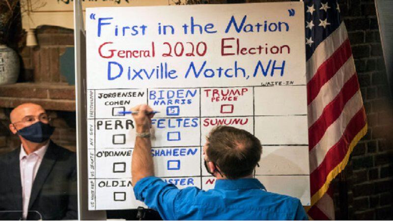 Biden remporte la première victoire du jour des élections, remportant tous les votes dans la petite ville de NH