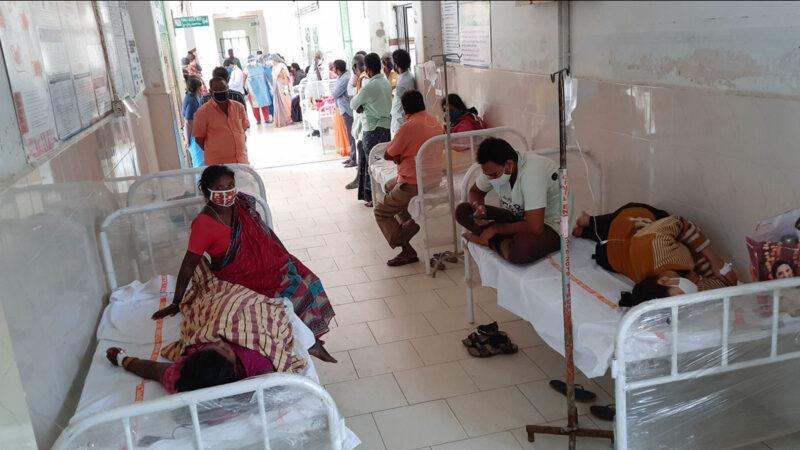 Une maladie mystérieuse laisse des centaines de malades, au moins un mort