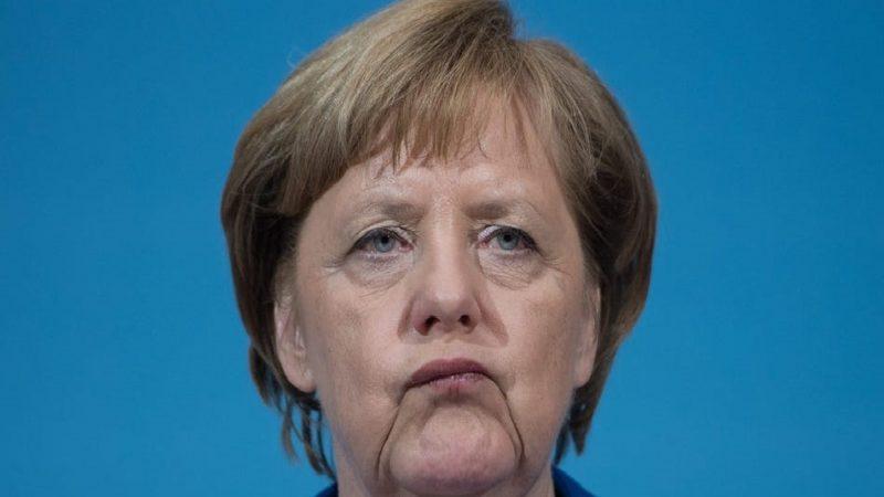 Merkel dit qu'elle ne prendra pas le vaccin du COVID-19 et donne ses raisons