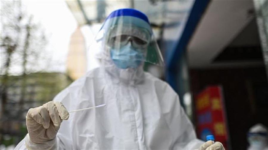 Un scientifique surdoué accuse les États-Unis d'avoir créé le coronavirus en laboratoire pour …