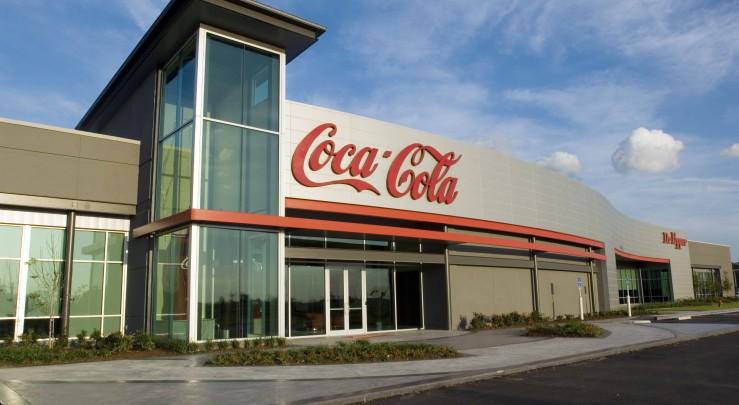 Coca-Cola a soudoyé des scientifiques pour mentir comment les boissons sucrées ont alimenté la crise de l'obésité