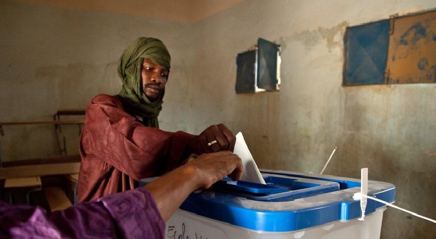 Adolf hitler élu en namibie avec plus de 85 % des voix