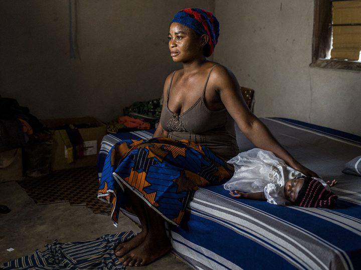 Enceinte à 19 ans sans pénétration : une jeune femme raconte