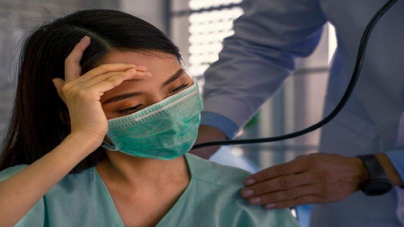 COVID-19: 60% des personnes admises à l'hôpital avec un coronavirus avaient été vaccinées, selon Vallance