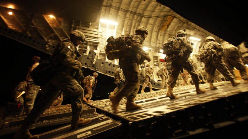 L'armée Américaine s'enfuit d'Afghanistan pendant la nuit en coupant l'électricité sans en informer le commandant afghan