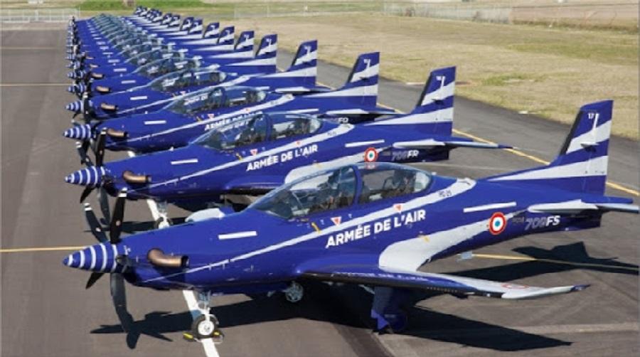 La France commande 9 avions d'entraînement PC-21 de plus auprès du constructeur suisse Pilatus