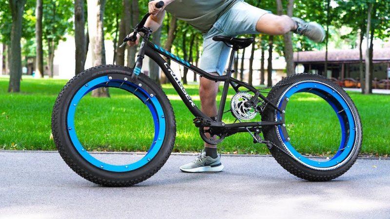 Un ingénieur retire les rayons des roues de son vélo pour créer un incroyable «vélo sans moyeu»
