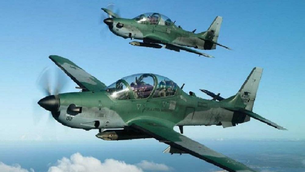 Le Nigeria modernise son armée de l'air en achetant 12 avions de chasse Tucano aux USA