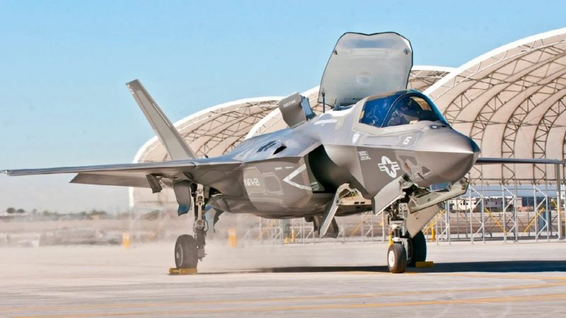 Comment le chasseur furtif F-35 pourrait attaquer l'armée russe et chinoise