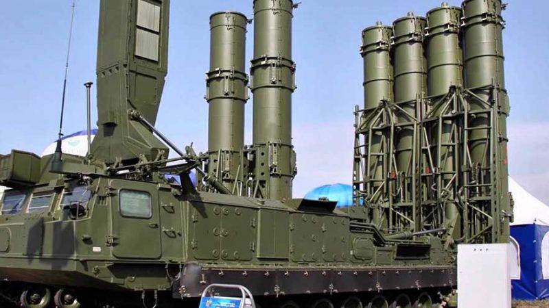 La Russie commence la production en série du système de défense anti-aérienne S500