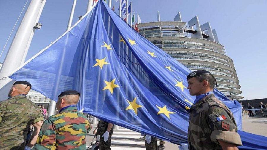 Les ministres de la Défense de l'UE se penchent sur la création d'une nouvelle force de réaction rapide européenne